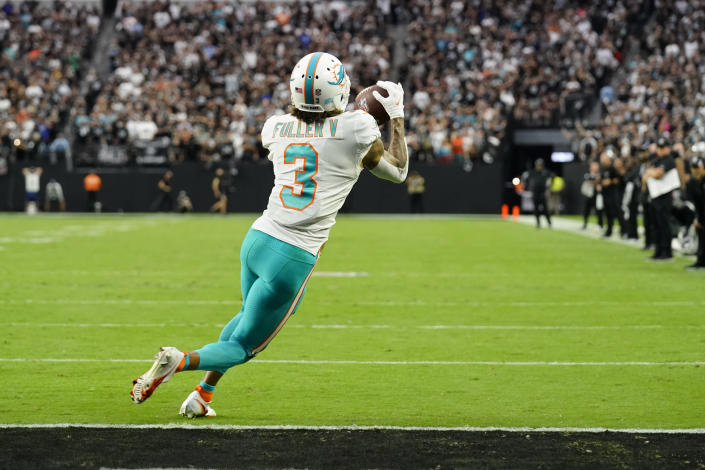 Miami Dolphins wide receiver Will Fuller (3) makes a catch for a two-point conversion against the Las Vegas Raiders during the second half of an NFL football game, Sunday, Sept. 26, 2021, in Las Vegas. (AP Photo/Rick Scuteri)