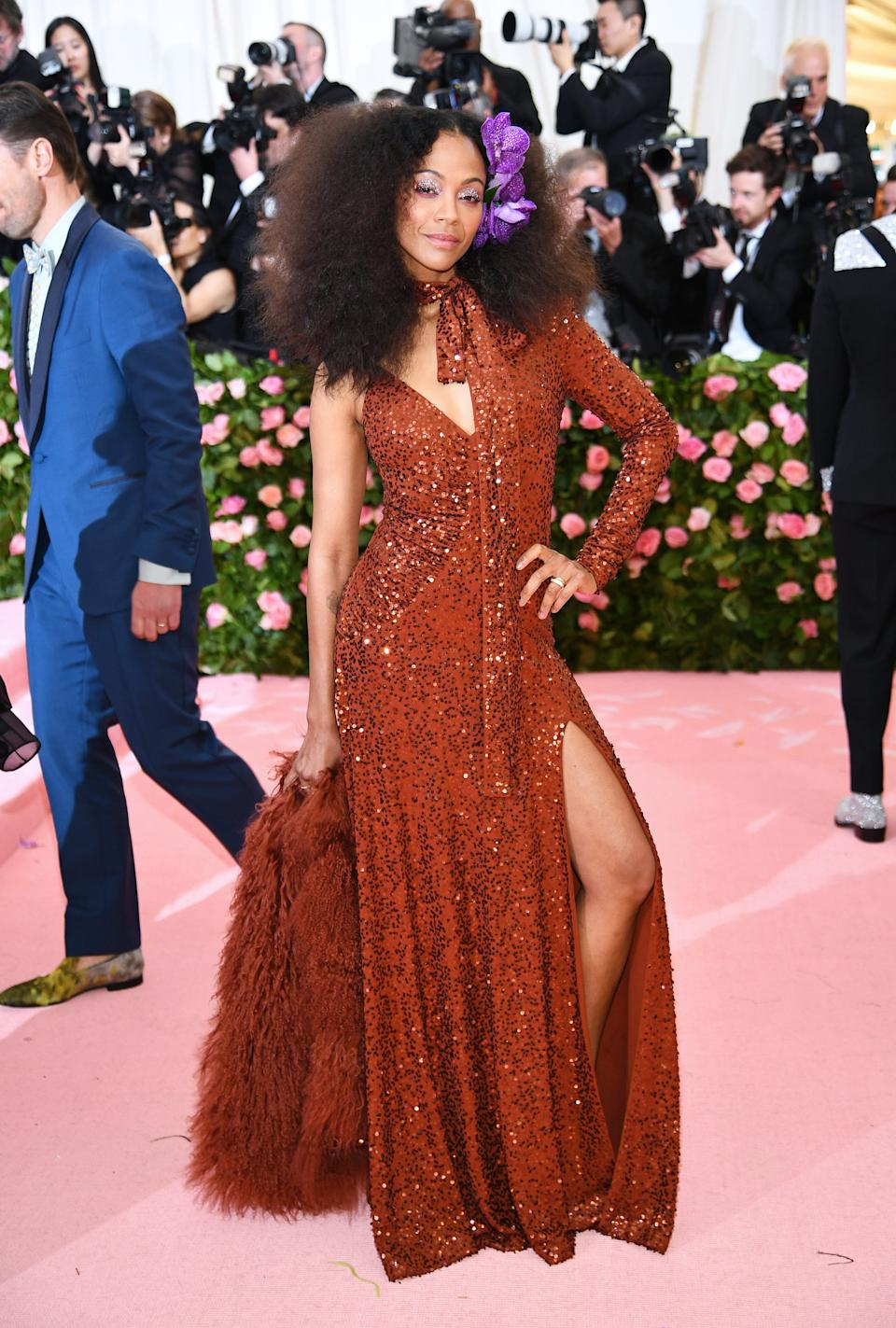"""<h1 class=""""title"""">Zoe Saldana in Michael Kors Collection wearing Jared Lehr jewelry</h1><cite class=""""credit"""">Photo: Getty Images</cite>"""