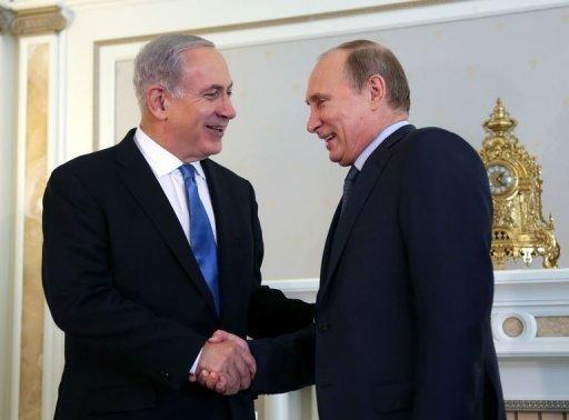 Russia's President Vladimir Putin (R) and Israeli Prime Minister Benjamin Netanyahu meet in Sochi, on May 14, 2013. Putin warned against any moves that would further destabilise the situation in Syria, speaking after talks with Netanyahu