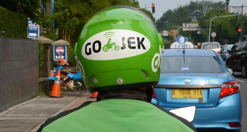INDONESIA-TRANSPORT-TRAFFIC-INTERNET