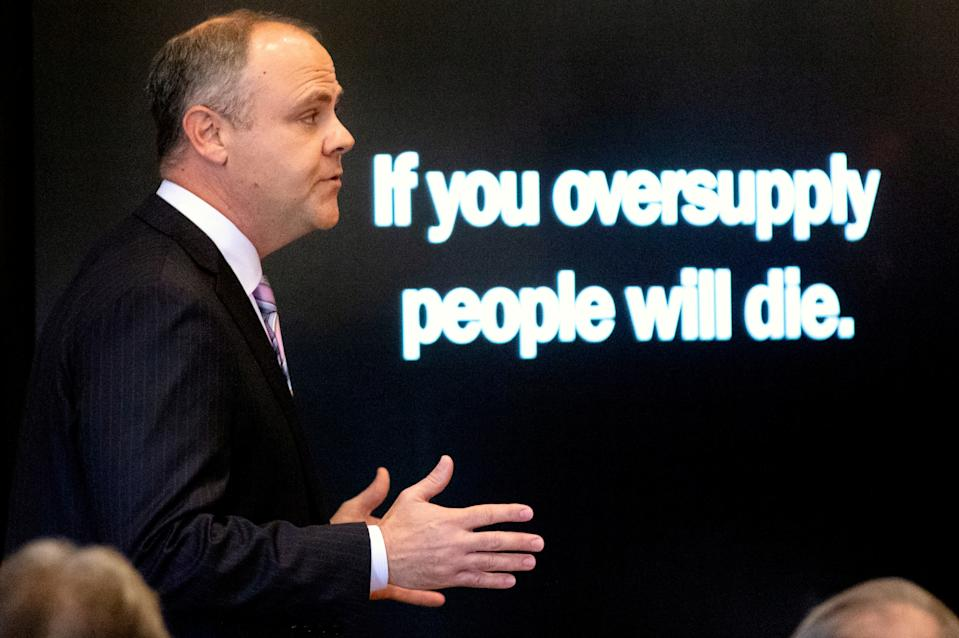 State's attorney Brad Beckworth presents information in the opening statements during the trial of Johnson & Johnson over claims they engaged in deceptive marketing that contributed to the national opioid epidemic at the Cleveland County Courthouse in Norman, Oklahoma, U.S. May 28, 2019.        Chris Landsberger/Pool via REUTERS