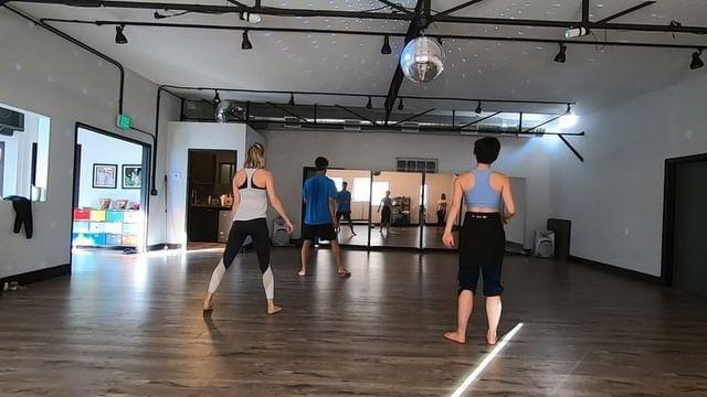 """<p><a href=""""https://www.womenshealthmag.com/uk/fitness/workouts/g35987407/dance-workouts/"""" rel=""""nofollow noopener"""" target=""""_blank"""" data-ylk=""""slk:Dance workouts"""" class=""""link rapid-noclick-resp"""">Dance workouts</a> aren't necessarily just for the dance-fluent. No matter how much rhythm you have (or don't have, for that matter), getting jiggy with it has some serious benefits. From learning new skills and choreography to making new community friends, it's a real winner. Good on ya, Brie.</p><p><a href=""""https://www.instagram.com/p/BsJ6uBajo8I/"""" rel=""""nofollow noopener"""" target=""""_blank"""" data-ylk=""""slk:See the original post on Instagram"""" class=""""link rapid-noclick-resp"""">See the original post on Instagram</a></p>"""