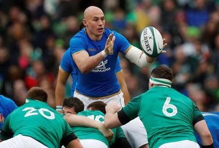 Rugby Union - Six Nations Championship - Ireland vs Italy - Aviva Stadium, Dublin, Republic of Ireland - February 10, 2018 Italy's Sergio Parisse in action REUTERS/Russell Cheyne