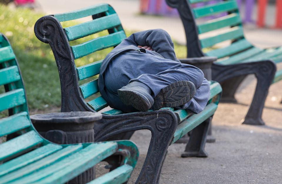 A new study from the Lancet found that one in two homeless people may have survived a traumatic brain injury. (Photo: Getty Images)