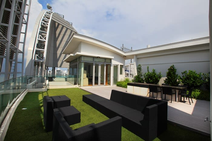 Super penthouse at The Oceanfront going for $13 mil – News Asia CF