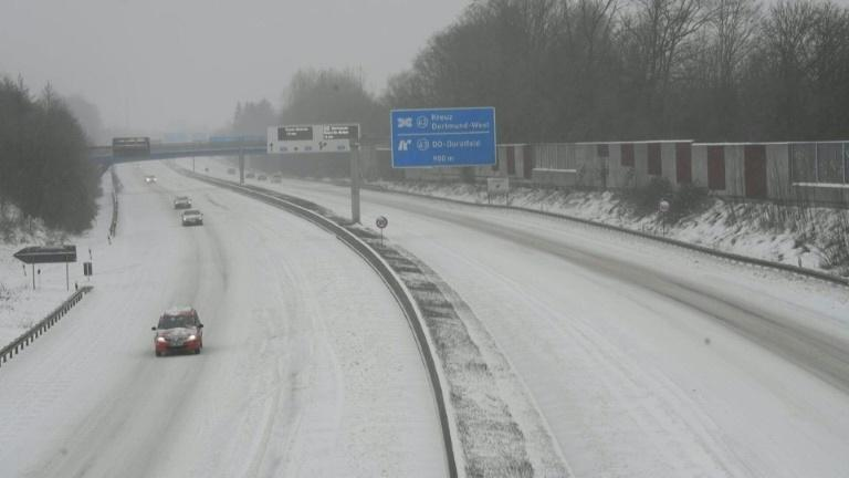 Snow storm disrupts rail and road traffic in western Germany