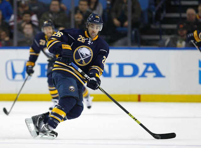 Matt Moulson signs 5-year deal with Sabres, praises their 'clear direction'