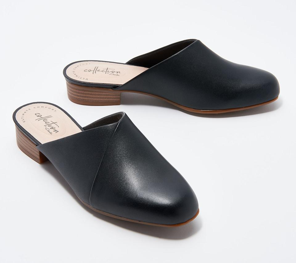 """<h3><a href=""""https://amzn.to/2Q3ufH3"""" rel=""""nofollow noopener"""" target=""""_blank"""" data-ylk=""""slk:Clarks Juliet Willow Mule"""" class=""""link rapid-noclick-resp"""">Clarks Juliet Willow Mule</a></h3><br>""""Clarks' mules — they provide good arch support and are comfortable to walk in."""" <em>– Kristen, travels a few times per month</em><br><br><strong>Clarks</strong> Women's Juliet Willow Mule, $, available at <a href=""""https://amzn.to/2Q3ufH3"""" rel=""""nofollow noopener"""" target=""""_blank"""" data-ylk=""""slk:Amazon"""" class=""""link rapid-noclick-resp"""">Amazon</a>"""