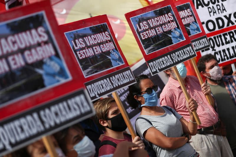 Leftist groups protest outside the mAbxience laboratory to demand its expropriation, in Garin