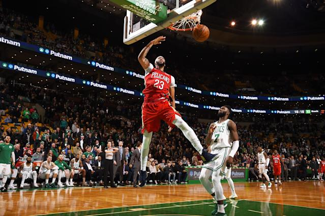Anthony Davis dunks against the Boston Celtics on Jan. 16, 2018 at the TD Garden in Boston. (Getty)