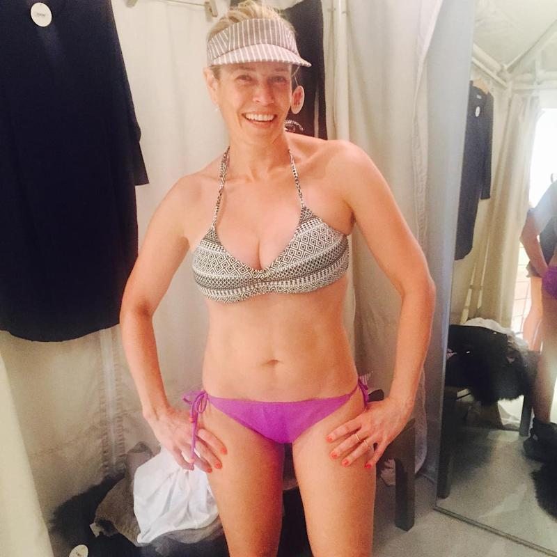 chelsea handler goes bottomless in new nsfw instagram see the pic
