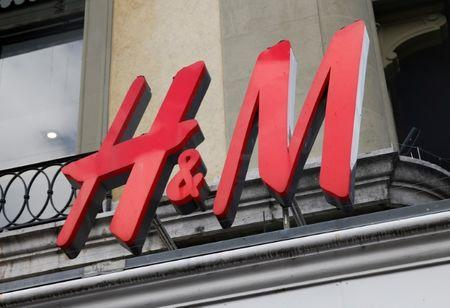 FILE PHOTO - A logo is pictured on a retail shop of Hennes & Mauritz (H&M) in Geneva, Switzerland, October 11, 2016.  REUTERS/Denis Balibouse
