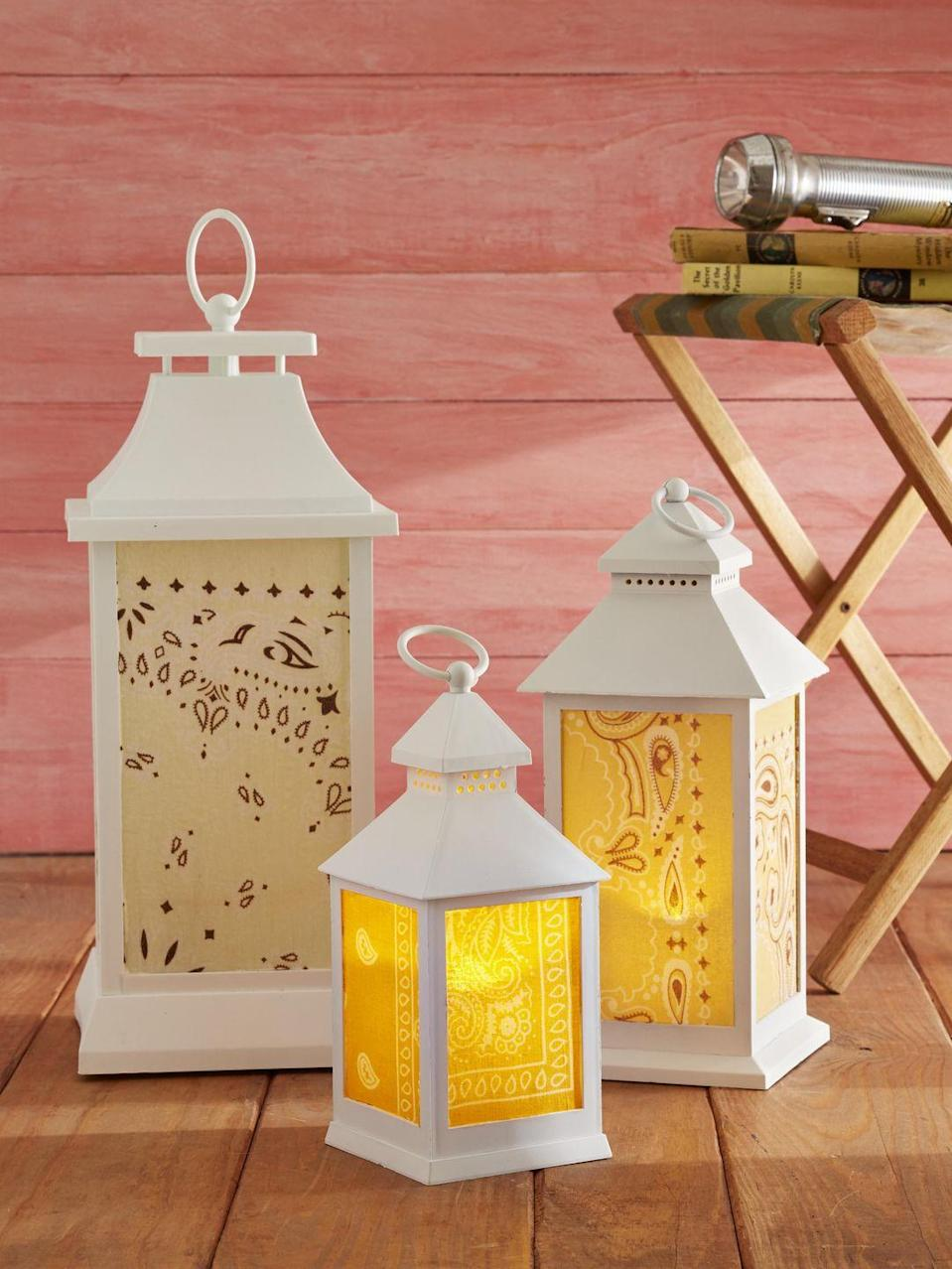 <p>Use vintage or new (like the ones here) lanterns for this easy DIY. Either way they'll look great lighting up the back patio or on the dining room table.<br><strong><br>To make:</strong> Cut bandana to size and attach to the outsides of glass using Mod Podge.</p>