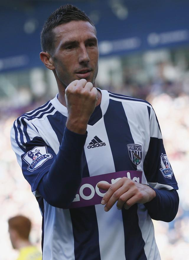 "West Bromwich Albion's Morgan Amalfitano celebrates his goal against Sunderland during their English Premier League soccer match at The Hawthorns in West Bromwich, central England, September 21, 2013. REUTERS/Darren Staples (BRITAIN - Tags: SPORT SOCCER) FOR EDITORIAL USE ONLY. NOT FOR SALE FOR MARKETING OR ADVERTISING CAMPAIGNS. NO USE WITH UNAUTHORIZED AUDIO, VIDEO, DATA, FIXTURE LISTS, CLUB/LEAGUE LOGOS OR ""LIVE"" SERVICES. ONLINE IN-MATCH USE LIMITED TO 45 IMAGES, NO VIDEO EMULATION. NO USE IN BETTING, GAMES OR SINGLE CLUB/LEAGUE/PLAYER PUBLICATIONS"