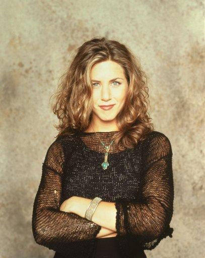 <p>Before her choppy shag cut, Monica's best friend had wavy, mid-length hair. The bed head look would fit it just fine amongst today's 20-somethings in New York.</p>