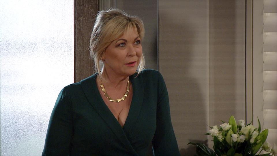 FROM ITVSTRICT EMBARGO Print media - No Use Before Tuesday 25th May 2021Online Media - No Use Before 0700hrs  Tuesday 25th May 2021Emmerdale - Ep 9061Monday 31st May 2021Once the guests are assembled Kim Tate [CLAIRE KING] declares sheÕs stepping back from the business, but first needs to anoint her successor, revelling in the reaction it creates and soon the bickering amongst her guests commences. Kim addresses her guests one more time with a speech designed to manipulate her poisoner into taking actionÉ Picture contact David.crook@itv.com This photograph is (C) ITV Plc and can only be reproduced for editorial purposes directly in connection with the programme or event mentioned above, or ITV plc. Once made available by ITV plc Picture Desk, this photograph can be reproduced once only up until the transmission [TX] date and no reproduction fee will be charged. Any subsequent usage may incur a fee. This photograph must not be manipulated [excluding basic cropping] in a manner which alters the visual appearance of the person photographed deemed detrimental or inappropriate by ITV plc Picture Desk. This photograph must not be syndicated to any other company, publication or website, or permanently archived, without the express written permission of ITV Picture Desk. Full Terms and conditions are available on  www.itv.com/presscentre/itvpictures/terms