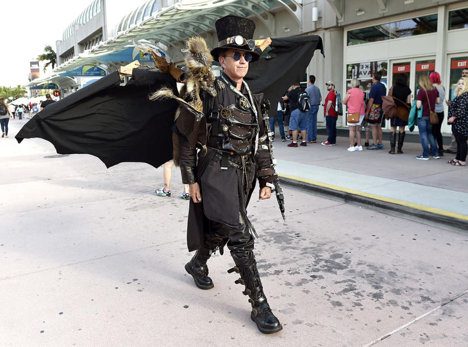 <p>Dean LeCrone of San Diego wears his Dr. Artemus Peepers costume at Comic-Con International on July 18, 2018, in San Diego. (Photo: Chris Pizzello/Invision/AP) </p>