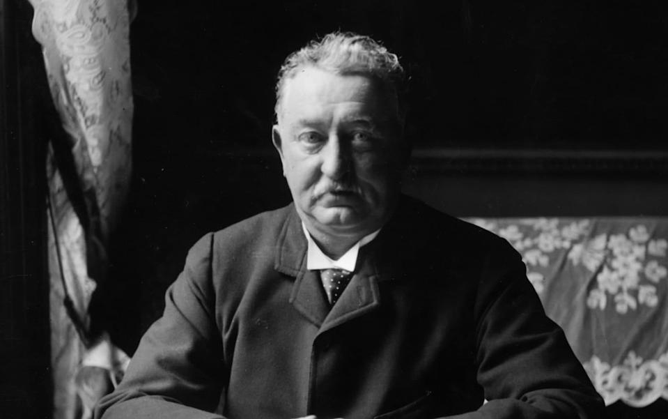 118267820 / f7d921a1-2d7a-36dd-9eab-b92dacf16b4a Image headline: Cecil John Rhodes Original description: circa 1900: British colonial statesman and financier Cecil John Rhodes (1853 - 1902), who made a fortune from mining diamonds in South Africa and used his wealth to extend the British rule there. In 1890 he was made prime minister of Cape Colony. The area that was called Rhodesia (now Zimbabwe) was named after him. (Photo by Rischgitz/Getty Images) Image title: 3398989 Credit: Rischgitz Source: HULTON ARCHIVE Filename: TELEMMGLPICT000118267820.jpeg - Getty Images
