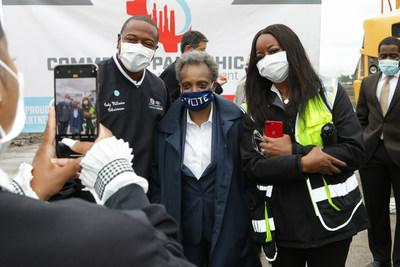 Chicago Mayor Lori Lightfoot and Coby Millender, Chairman of Local 551 of the United Auto Workers, mark the official opening of the first of five buildings that comprise NorthPoint Development's Commerce Park Chicago. The project marks the Chicago's largest industrial development in decades and will create the City's largest industrial park.