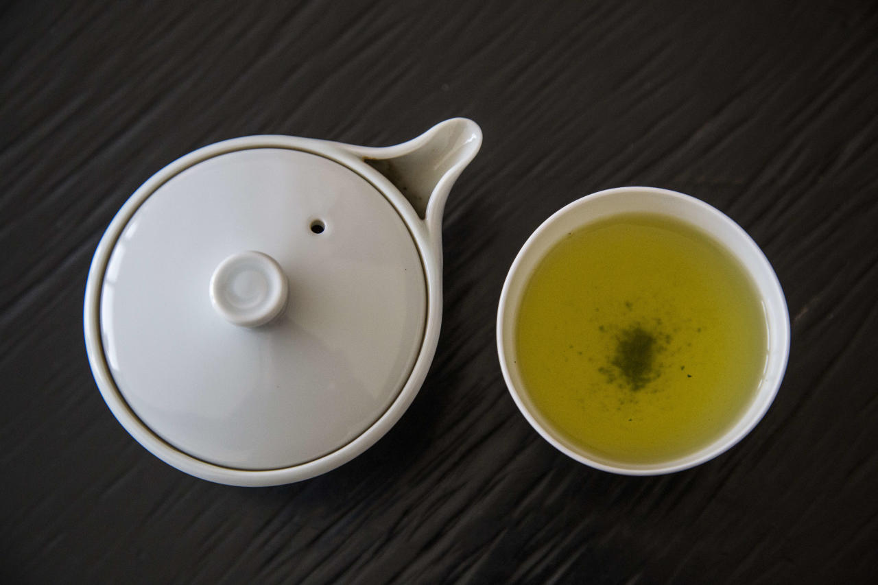 <strong>Price: $650 per kilogram I Place of origin: Uji district in Japan </strong>A type of shaded green tea from Japan. The name 'gyokuro' translates as 'jewel dew' (or 'jade dew', referring to the pale green colour of the infusion).