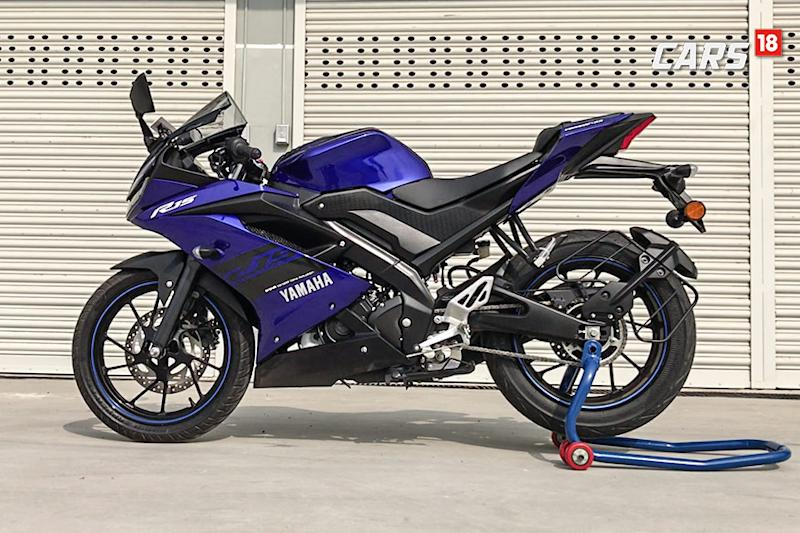 Yamaha-R15-V3.0-First-Ride-Review-Side