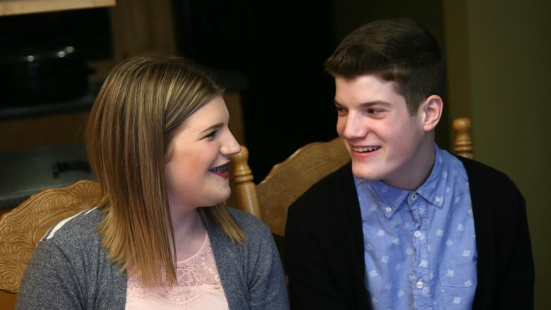 Sibling love: Children's Wish teen picks trip for whole family