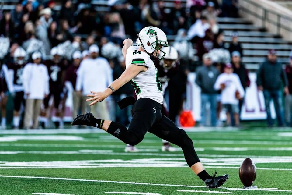 Southlake kicker Joe McFadden (84) at kickoff during the 1st quarter in Abilene at Shotwell Stadium against Midland Lee in Abilene on November 30, 2019. Photo: Matt Smith (Special to the Star-Telegram).