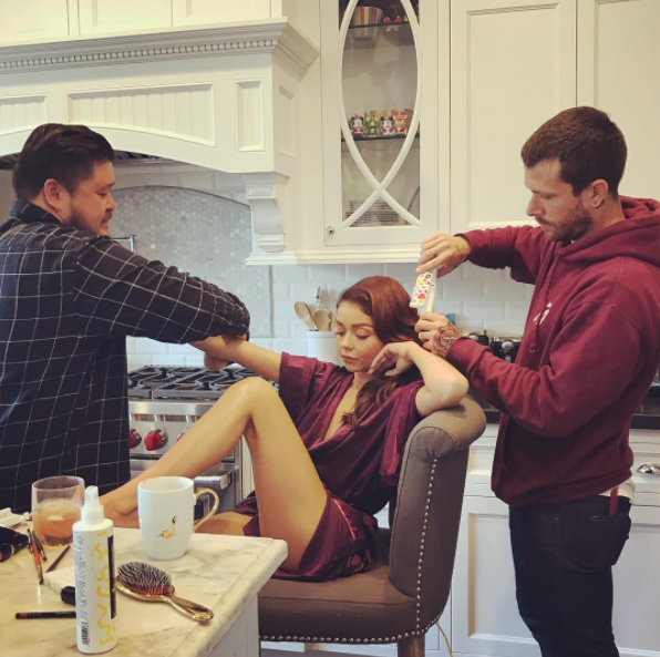 Life sure is tough for 'Modern Family' star Sarah, who shared a snap of her getting pampered from head-to-toe in the lead-up the ceremony.