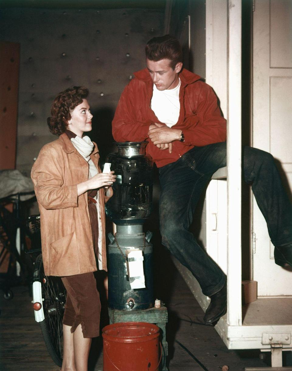 <p>Dean's costar for his second leading role was legendary Hollywood actress, Natalie Wood. </p>