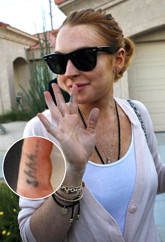November 10, 2010: Lindsay Lohan leaves her sober living house to meet her father in Rancho Mirage, California today. 