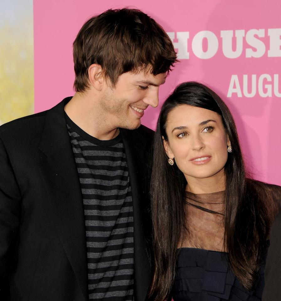 "<a href=""http://movies.yahoo.com/movie/contributor/1800354733"">Ashton Kutcher</a> and <a href=""http://movies.yahoo.com/movie/contributor/1800012196"">Demi Moore</a> at the Los Angeles Premiere of <a href=""http://movies.yahoo.com/movie/1809921361/info"">The House Bunny</a> - 08/20/2008"