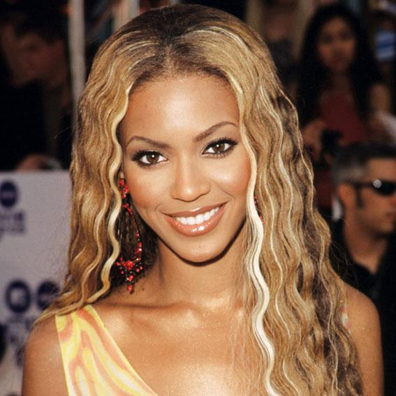 <p>While on tour with Destiny's Child, Knowles joined the ranks of blond bombshells like her idol Marilyn Monroe.</p>