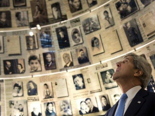 Secretary of State John Kerry tours the Hall of Names at the Yad Vashem Holocaust Museum, March 22, 2013