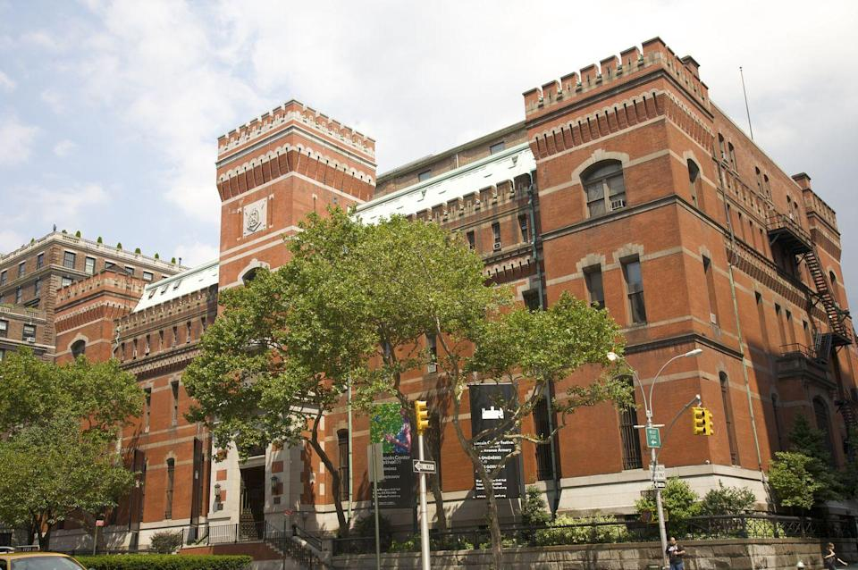 """<p>The expansive 55,000-square-foot drill hall plays host to year-round events, including the Winter Antiques Show, TEFAF New York, and its own <a href=""""http://www.armoryonpark.org/programs_events"""" rel=""""nofollow noopener"""" target=""""_blank"""" data-ylk=""""slk:cultural programming"""" class=""""link rapid-noclick-resp"""">cultural programming</a>. But what you might not know is that visitors can tour other areas like the first-floor period rooms and restored <a href=""""http://www.nytimes.com/2013/09/19/arts/design/restored-board-of-officers-room-is-to-open-at-the-armory.html?adxnnl=1&adxnnlx=1400704133-lRDZxETUny+fHNwjW0Kyuw"""" rel=""""nofollow noopener"""" target=""""_blank"""" data-ylk=""""slk:Board of Officers Room"""" class=""""link rapid-noclick-resp"""">Board of Officers Room</a> and <a href=""""https://www.nytimes.com/2016/03/07/arts/design/the-gilded-age-glows-again-at-the-park-avenue-armorys-veterans-room.html?_r=0"""" rel=""""nofollow noopener"""" target=""""_blank"""" data-ylk=""""slk:Veterans Room"""" class=""""link rapid-noclick-resp"""">Veterans Room</a> with a guide. <br><br>Due to the ongoing pandemic, all tickets must be purchased ahead of every program—but health and safety protocols have made it harder to secure a spot at a show. Almost all upcoming events are currently sold out. To learn more about the events—and get added to a waiting list—visit their website <a href=""""https://www.armoryonpark.org/"""" rel=""""nofollow noopener"""" target=""""_blank"""" data-ylk=""""slk:here"""" class=""""link rapid-noclick-resp"""">here</a>. <br></p>"""