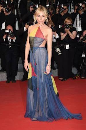 Cannes Film Festival, powerful looks, memorable looks of all times, audrey hepburn, julia roberts, Princess Diana, Madonna, Charlize Theron, Alessandra Ambrosio, Blake Lively, Bella Hadid, Natalie Portman, Freida Pinto, Hollywood, actresses at Cannes, glamourous looks of all times, glamour quotient, Emilia Clarke, Cannes, French, France, cinematic voice, new cinema, Paris, French Riviera festival, coast off Maine, French Riviera, Aishwarya Rai Bachchan, indianexpress.com, indianexpressonline, indianexpress, Cannes 2019, Cannes over the years, latest photoshoots, actresses, Rihanna, Lupita nyong'o,Sienna Miller, cannes fashion photos, cannes actors fashion, cannes style