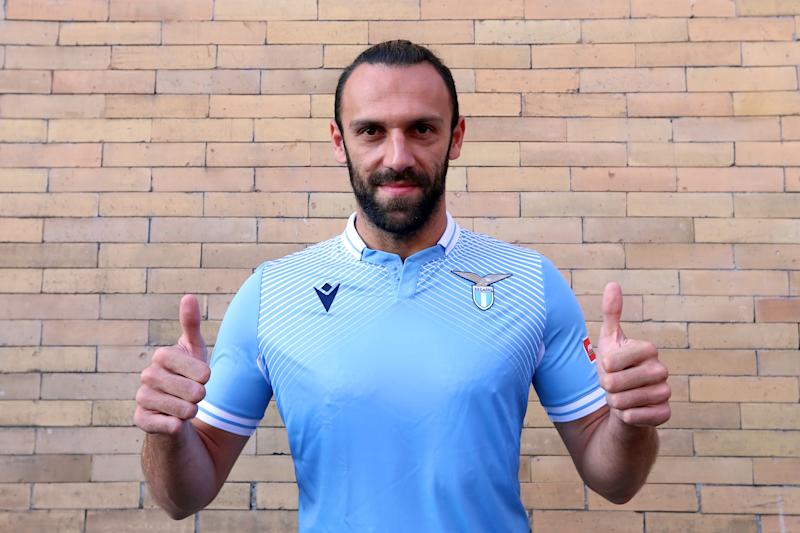 ROME, ITALY - SEPTEMBER 15: SS Lazio new signing Vedat Muriqi poses with new jersey after the medical test at Paideia hospital on September 15, 2020 in Rome, Italy. (Photo by Paolo Bruno/Getty Images)