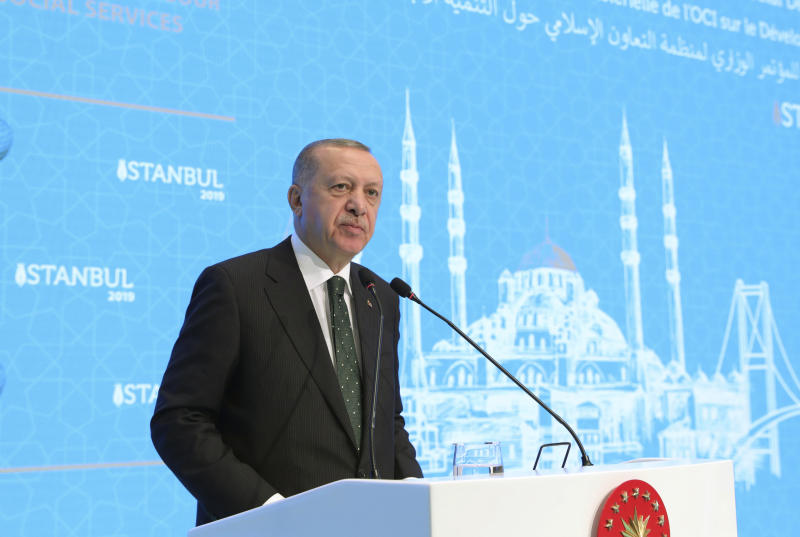 Turkey's President Recep Tayyip Erdogan speaks during a meeting of the Organization of Islamic Cooperation (OIC), in Istanbul. Monday, Dec. 9, 2019. (Presidential Press Service via AP, Pool)