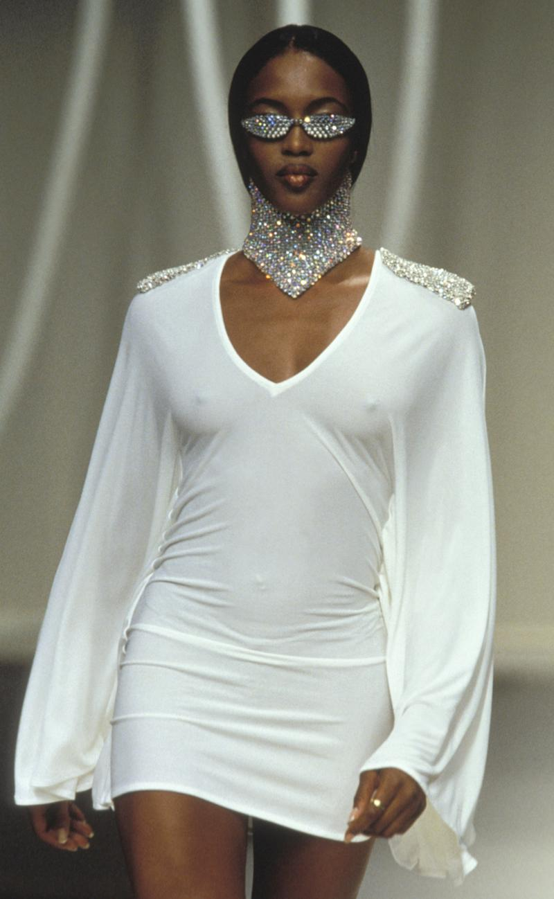 Naomi Campbell walks the runway of the Rifat Ozbek spring/summer 1995 show during Paris Fashion Week in 1994. Photo courtesy of Getty Images.
