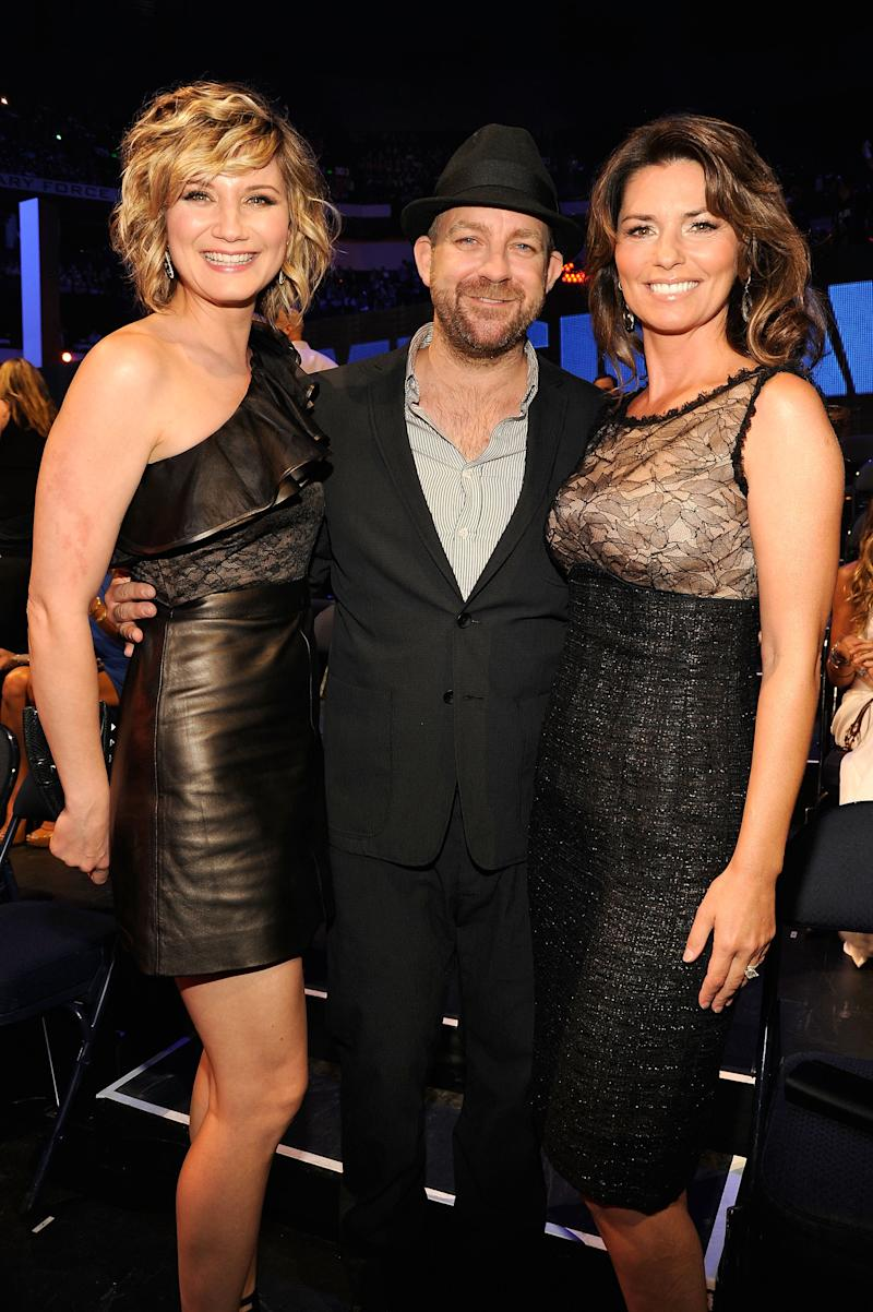 Musicians Jennifer Nettles, Kristian Bush, and Shania Twain attend the 2011 CMT Music Awards at the Bridgestone Arena on June 8, 2011 in Nashville, Tennessee. (Photo by Kevin Mazur/WireImage)