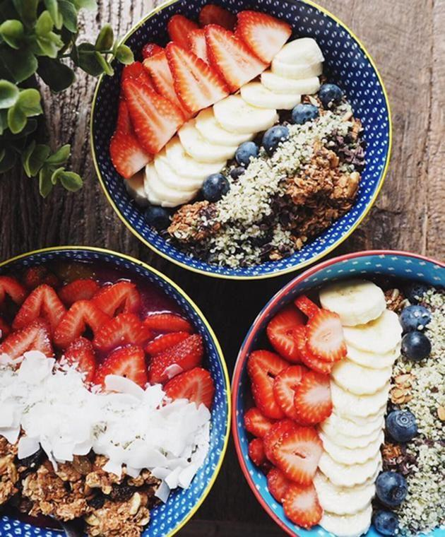 Just one of Bonny's vegan creations: delicious dairy-free granola bowls. Image: Instagram.