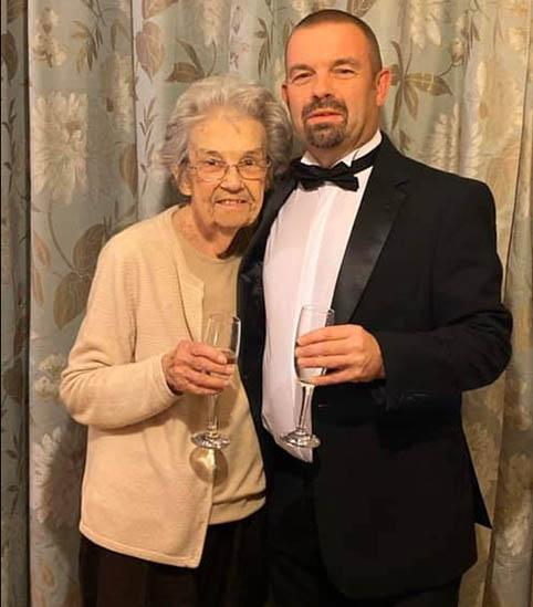 86-year-old UK grandma Barbara Briley, pictured with her son Richard after COVID-19 recovery