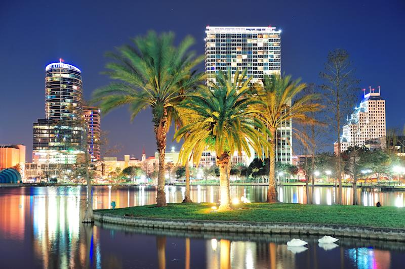 skyline of Orlando, FL. featuring office buildings and palm trees