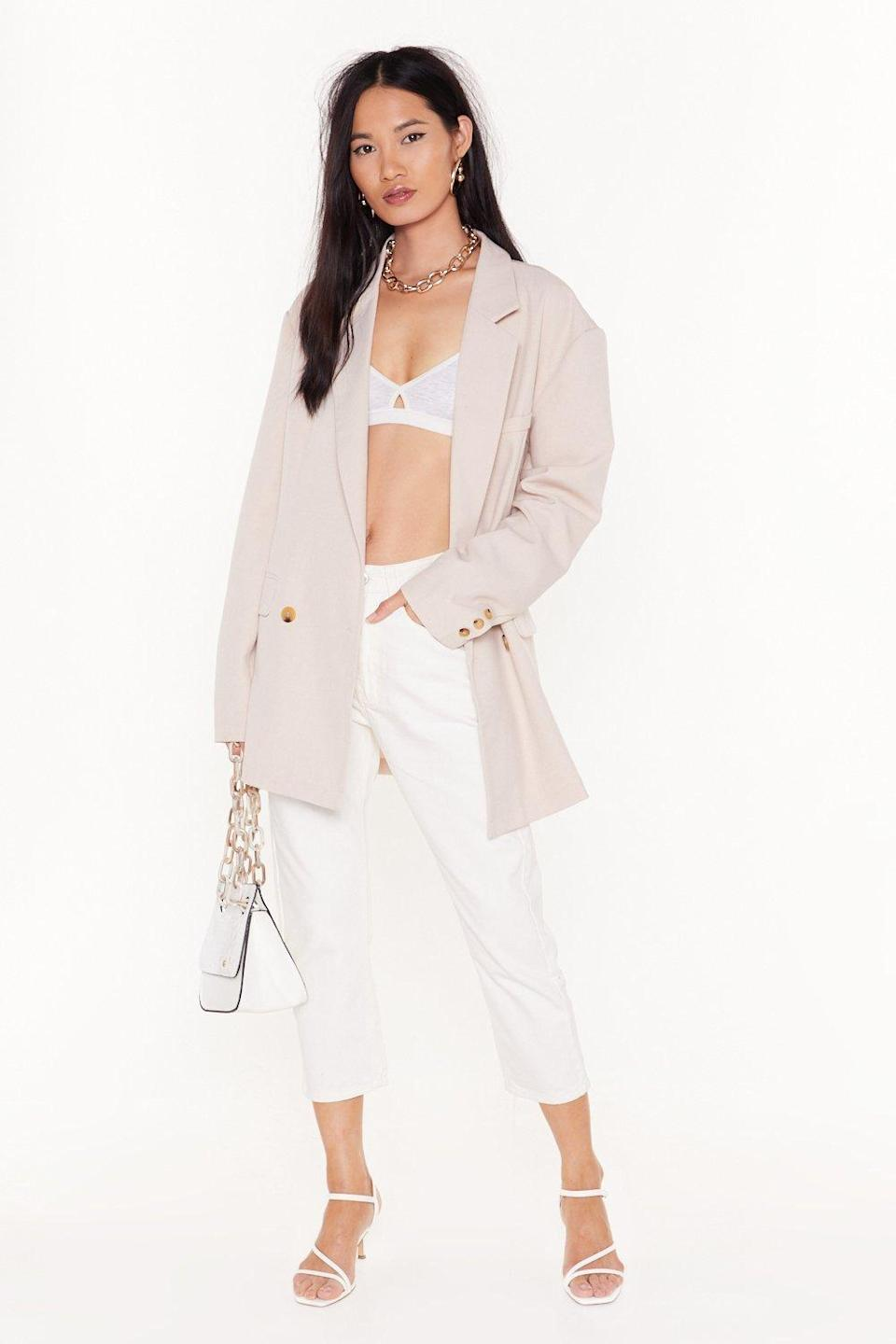 """<br> <br> <strong>Inclusive Collection</strong> Debbie High-Waisted Mom Jeans, $, available at <a href=""""https://go.skimresources.com/?id=30283X879131&url=https%3A%2F%2Fwww.nastygal.com%2F-debbie-high-waisted-mom-jeans%2FAGG75765.html%3Fcolor%3D173"""" rel=""""nofollow noopener"""" target=""""_blank"""" data-ylk=""""slk:Nasty Gal"""" class=""""link rapid-noclick-resp"""">Nasty Gal</a>"""