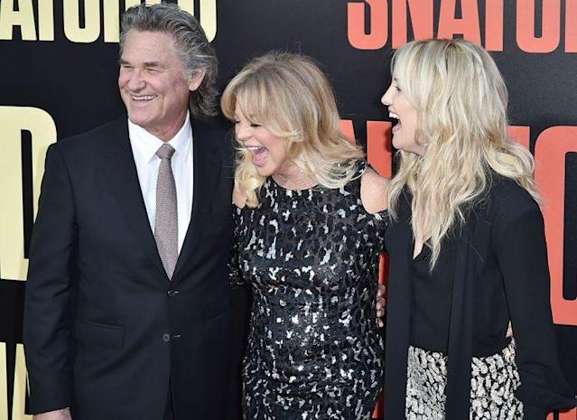 Kurt Russell, Goldie Hawn, and Kate Hudson together on the red carpet at the <em>Snatched</em> premiere. (Photo: David Crotty/Patrick McMullan via Getty Images)