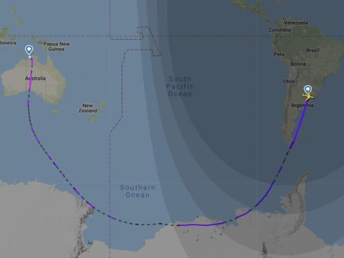 Flight path from Buenos Aires to Darwin