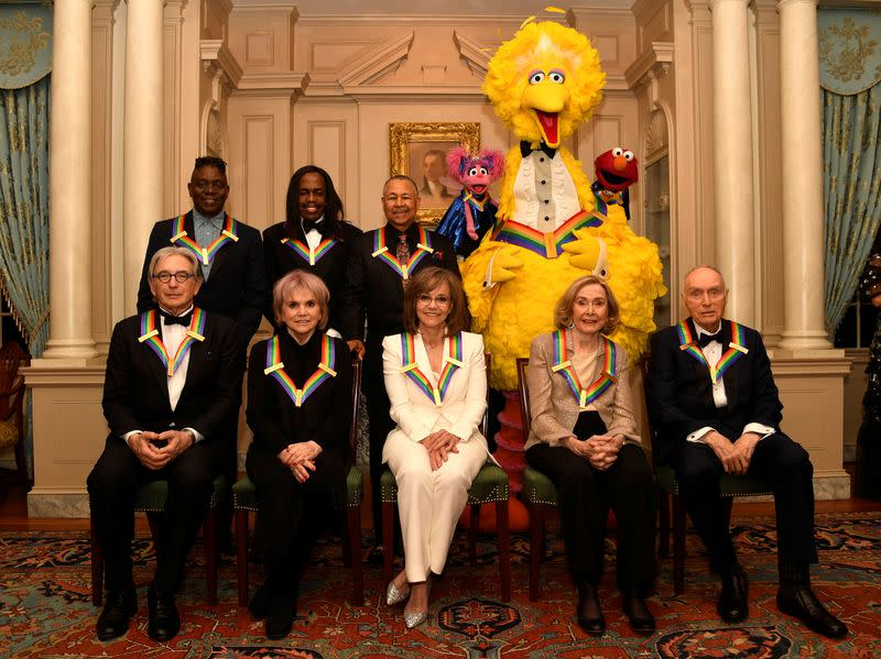Linda Ronstadt, Sally Field, and Sesame Street feted at Kennedy Center Honors