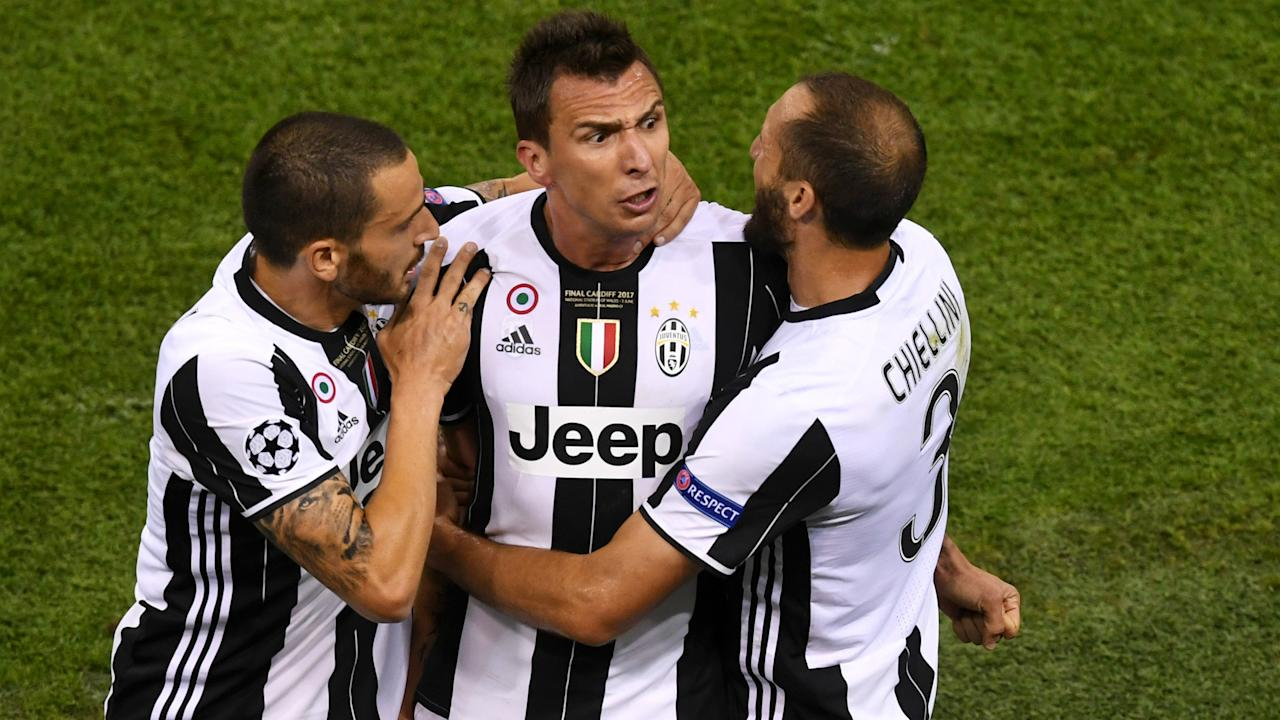 The Juventus striker has insisted he did not give quotes suggesting that there was a falling out between Dani Alves and Leonardo Bonucci in Cardiff