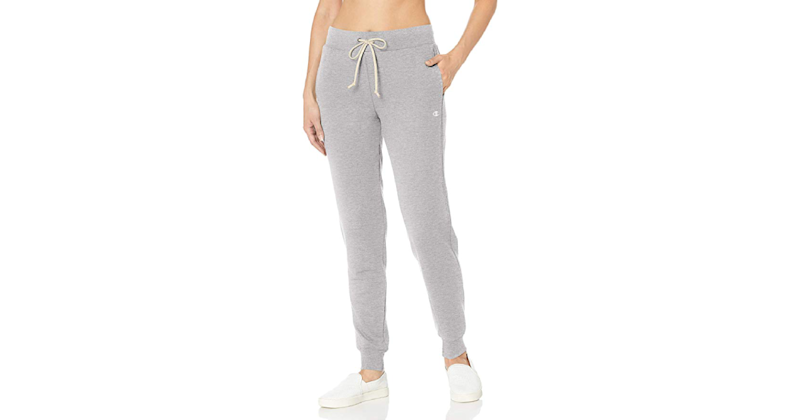 Why yes, these perfect French terry joggers do have pockets. (Credit: Amazon)