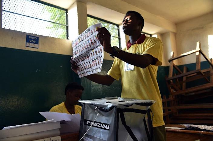 Haiti has been mired in political crisis since the results of the October 25, 2015 presidential elections were annulled because of massive fraud (AFP Photo/Hector Retamal)