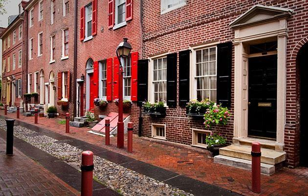 The quintessential Philly street of Elfreth's Alley. Photo: Getty